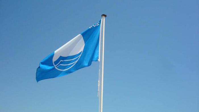 València hissarà de nou este estiu fins a set banderes blaves en les seues platges