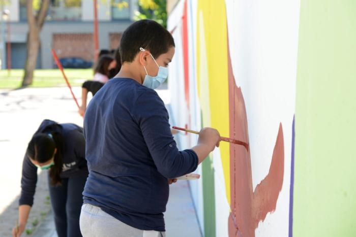 El circuit d'art urbà PaiportArt continua amb murals participatius a les escoles i instituts