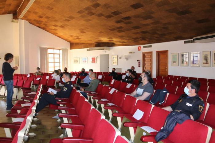L'Ajuntament de l'Alcúdia organitza un curs de motivació i intel·ligència emocional per al cos de la Policia Local