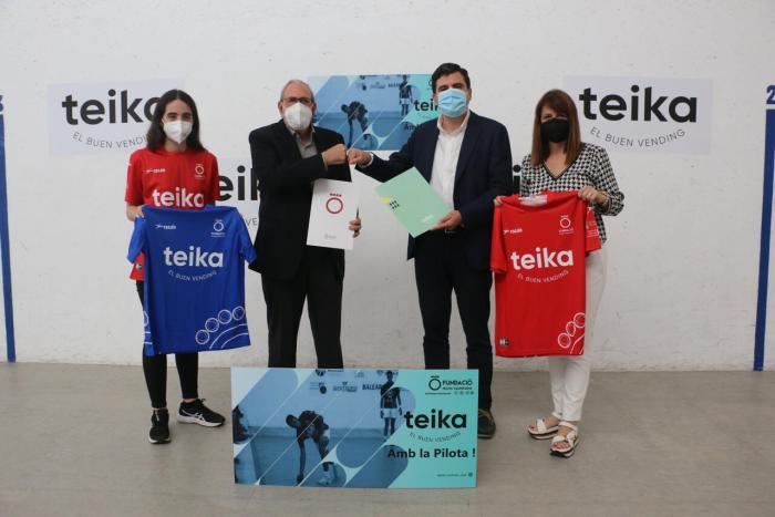 Teika i la Fundació signen un conveni de col·laboració per a impulsar el professionalisme en la Pilota Femenina