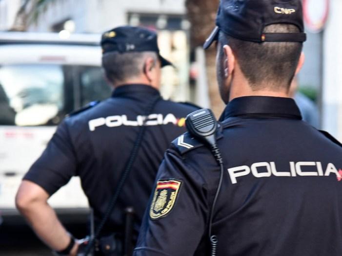La Policia Local i la Guàrdia Civil desallotgen una festa il·legal al terme municipal on participaven prop d'un centenar de persones