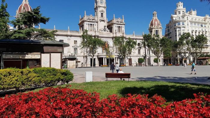 L'embargament als comptes de persones deutores que viuen fora de València s'amplia a l'impagament de taxes i impostos