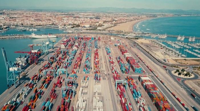Joan Ribó mostra la seua preocupació per l'impacte laboral que pot tindre el projecte d'ampliació del Port de València