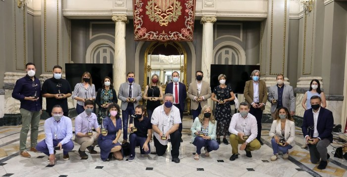 La Policia Local de València premia a 21 periodistes de València pel seu treball durant la pandèmia