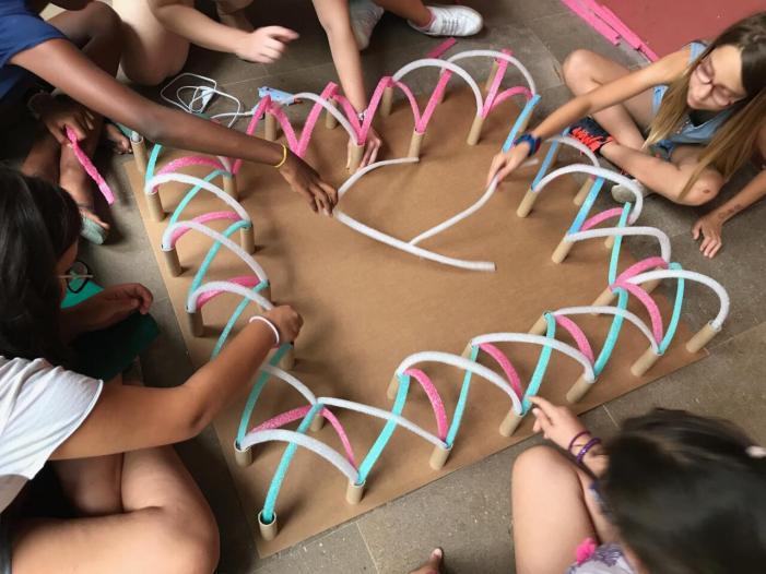 El CCCC ofereix aquest estiu un espai de creació per a joves i una Aula d'Estiu en família