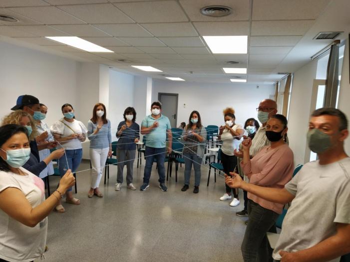 Sanitat treballa per a estendre la figura d'agents de salut de base comunitària a tota la Comunitat Valenciana