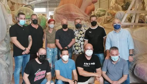 El gremi d'artistes fallers es reuneix amb la Junta Local Fallera i l'Ajuntament per a planificar la setmana vinent fallera