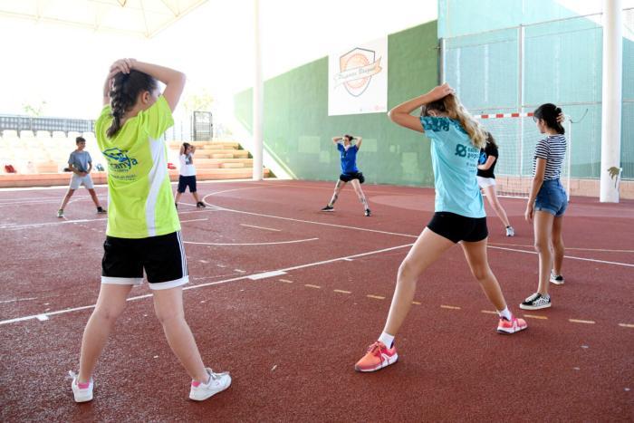 La Regidoria de Joventut i Esports de València programa un Campus d'Estiu gratuït al poliesportiu