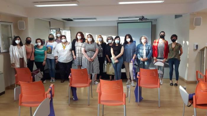 """Èxit en la jornada """"La salut de les dónes en temps de pandèmia""""a Burjassot"""