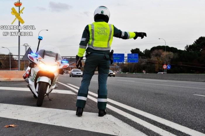 La Guardia Civil de Valencia procede contra una persona por el presunto delito contra la seguridad vial
