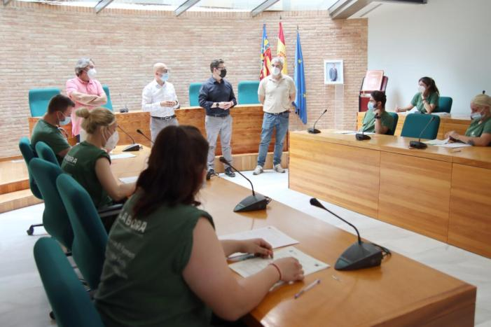 Veïnes i veïns d'Alaquàs van signar el dilluns 31 de maig el contracte per a formar part de la segona fase del programa d'ocupació i formació Et Formem Alaquàs + Actiu