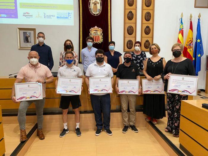 L'Ajuntament d'Algemesí premia 6 comerços d'Algemesí en la 23 edició dels Premis per l'Ús i la Dignificació del Valencià en l'Àmbit Municipal