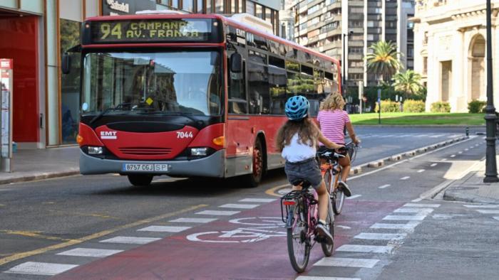 Joan Ribó urgeix a l'Estat a secundar de manera decidida la transformació de la mobilitat metropolitana de València