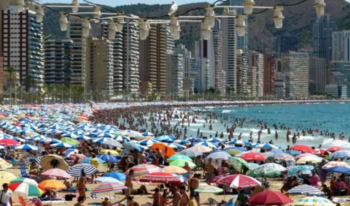 La Comunitat Valenciana registra a l'agost una ocupació mitjana hotelera en el litoral del 80%