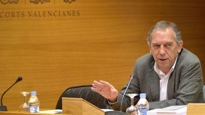 El secretari autonòmic d'educació visita Càrcer per a comprovar el bon estat del CEIP Pare Gumilla