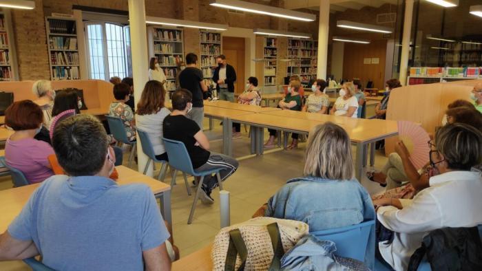 La Biblioteca Municipal de Sueca  crea un Club de Lectura per a fomentar este hàbit entre la ciutadania