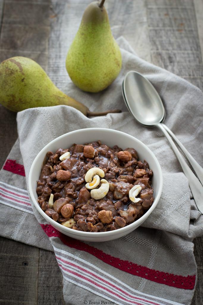 Porridge pere e cioccolato