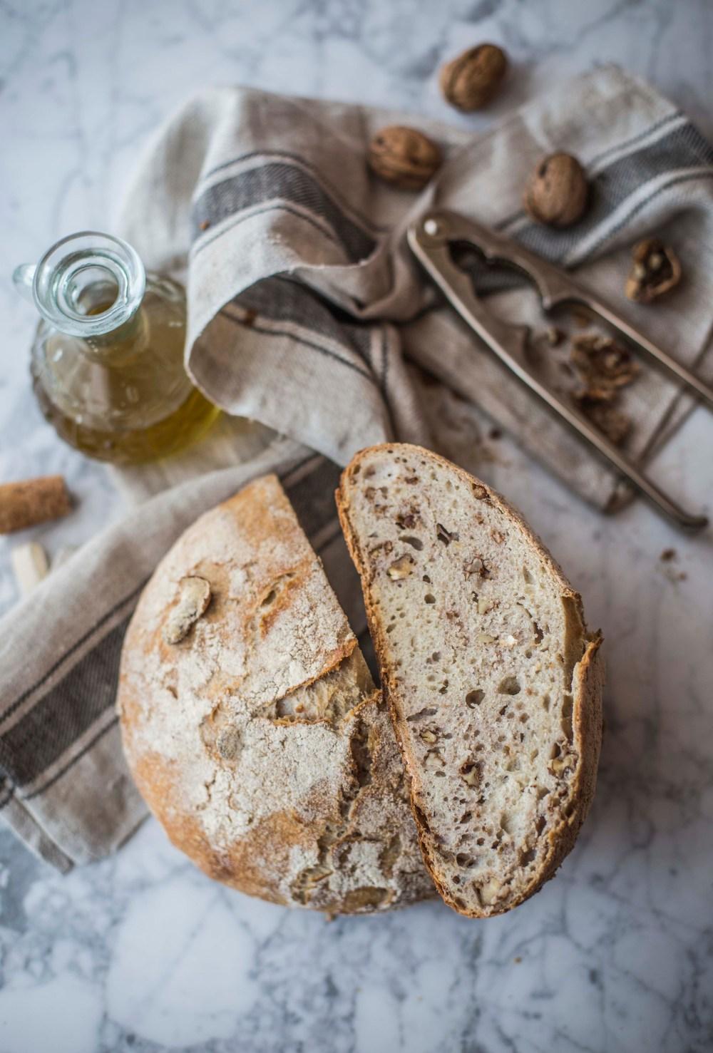 Pane di solina alle noci
