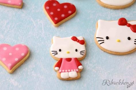 Hello Kitty 9