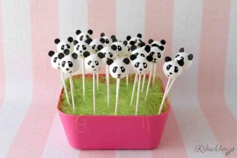 Lustige Panda Cake Pops zur Panda - Party