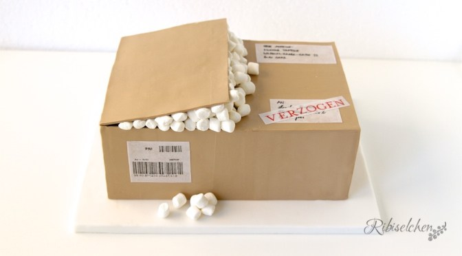 Paket oder Torte? – Anleitung für eine Pakettorte