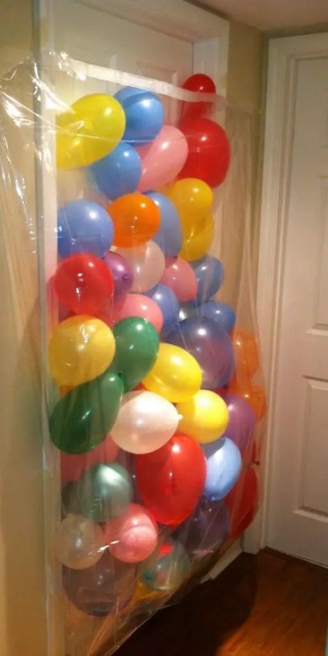 Luftballonüberraschung für Kindergeburtstag zu Hause