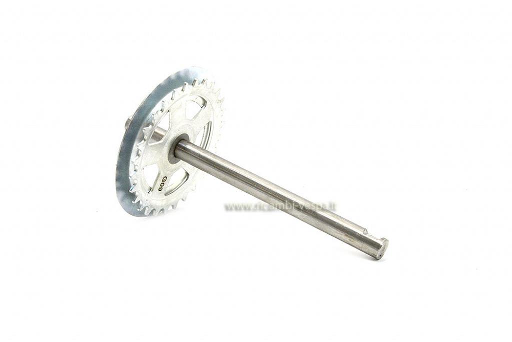 Pedal axle with 28 teeth cogwheel, RMS