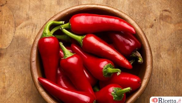 Come conservare i peperoncini piccanti sottolio  Ricettait