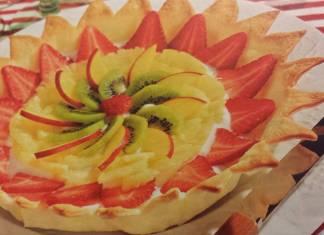 Crostata con frutta e yogurt