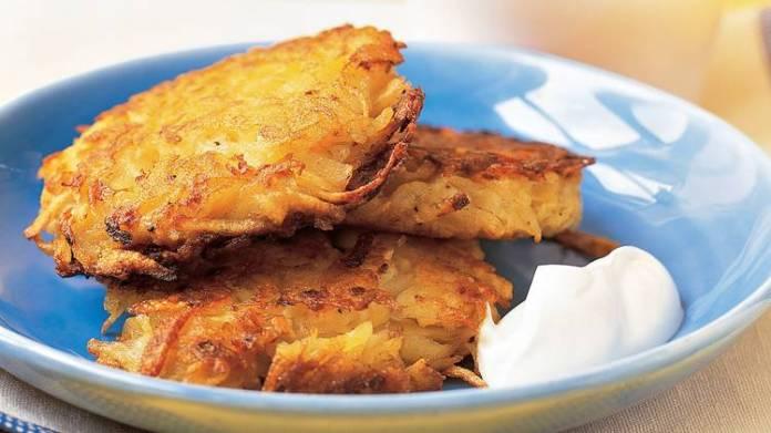 Frittelle di patate croccanti al rosmarino