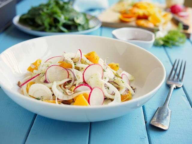 insalata di arancia, ravanelli e finocchi