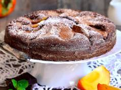 torta al cioccolato e cachi