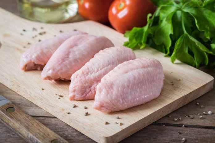 Ali di Pollo al Forno con Patate