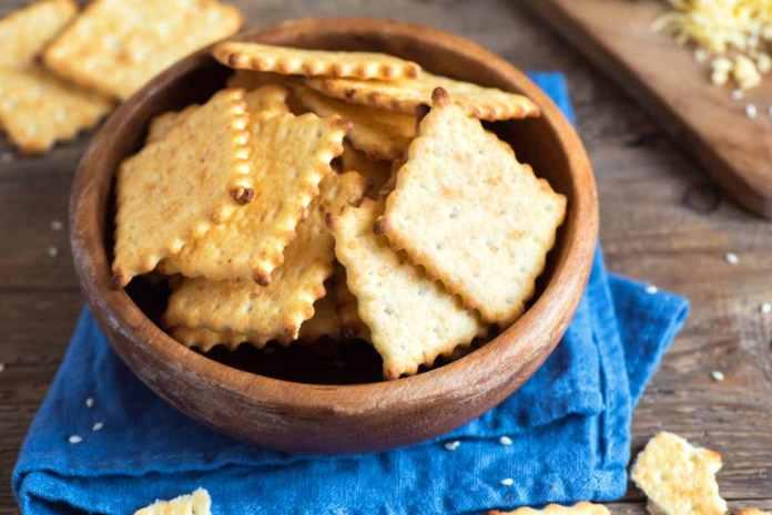 crackers salati sfogliati