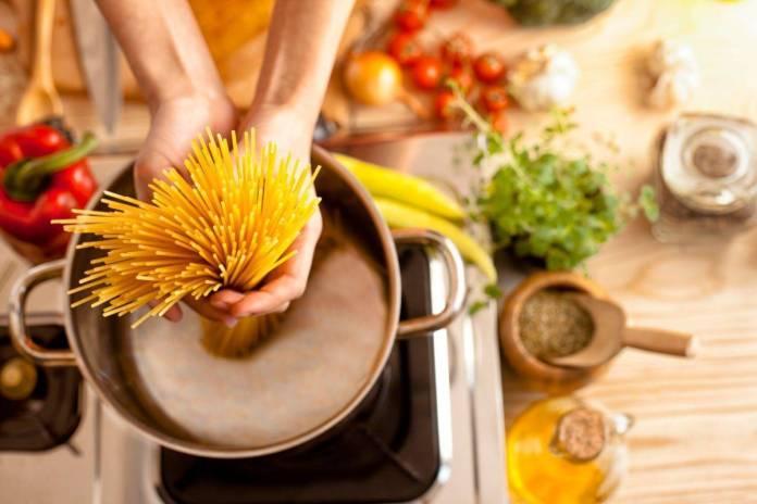 Insalate di pasta, le migliori ricette per piatti gustosi e veloci