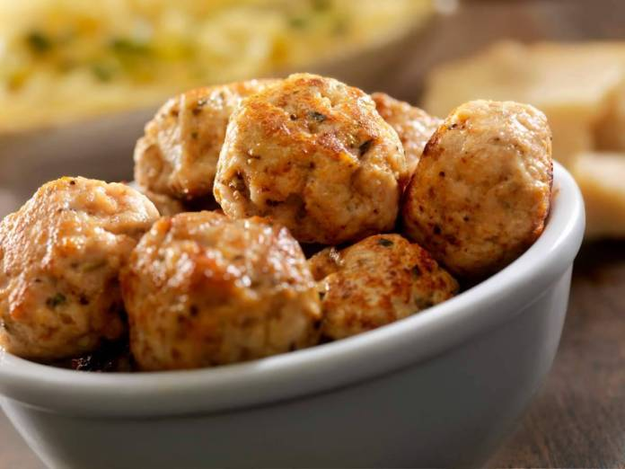 Polpettine di carne al forno senza uova - ricettasprint.it