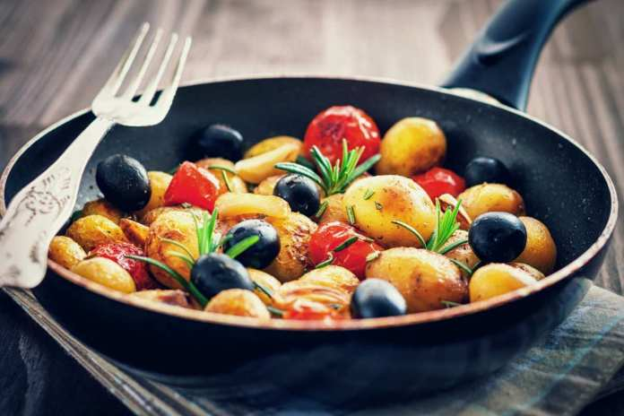 Patate e pomodorini - ricettasprint.it