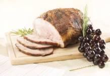 Arrosto di maiale con uva e pancetta