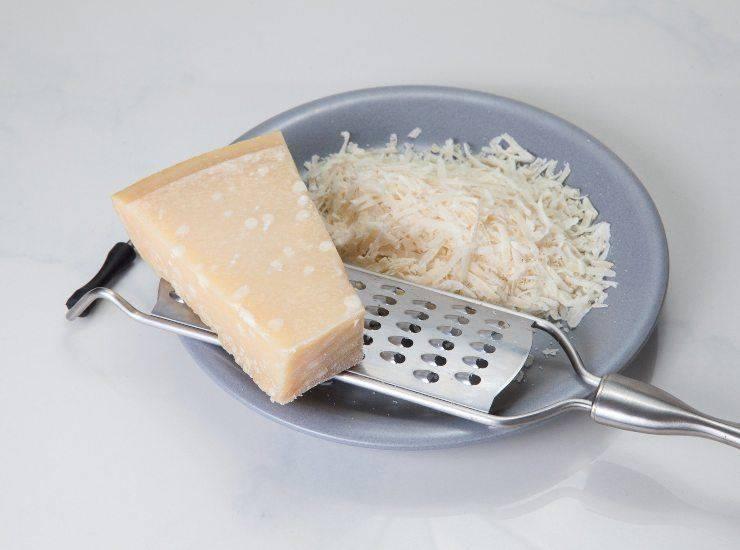 Uova sode in crosta di pasta sfoglia ricetta