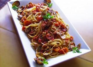 Spaghetti alle vongole e pomodorini