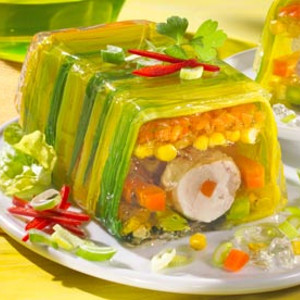 Secondo piatto aspic di verdure e pollo  Ricette a tavola