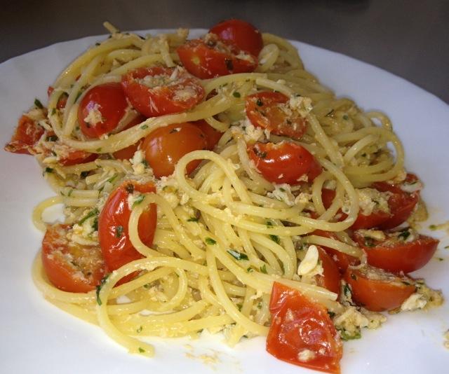 Primo piatto Spaghetti alla polpa di granchio  Ricette a