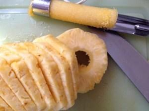 tagliare l'ananas