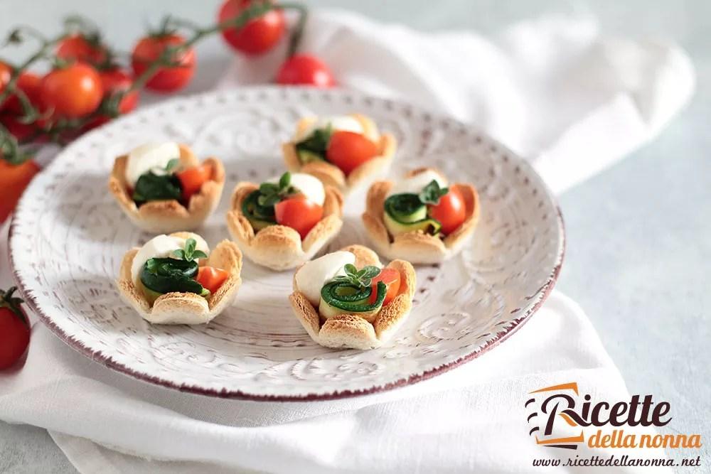 Tartine con zucchine pomodoro e mozzarella  Ricette della Nonna