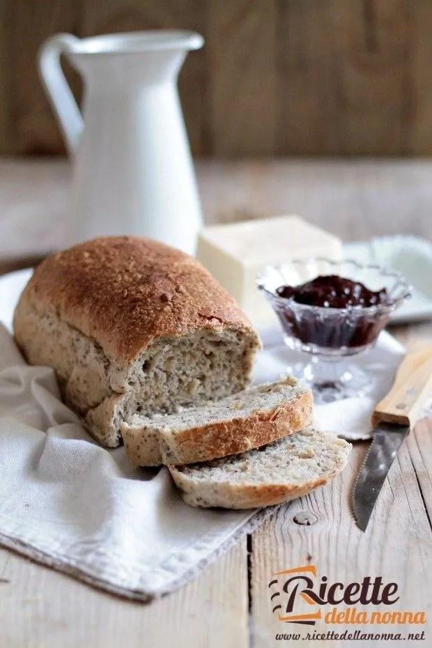 Foto pane ai semi di chia per la colazione