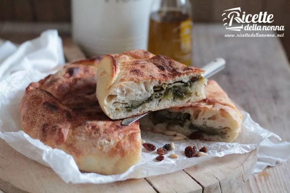 Pizza di scarola napoletana ricetta e foto  Ricette della Nonna