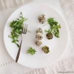 Polpette di quinoa, piselli e rosmarino | Quinoa and pea fritters {vegan}