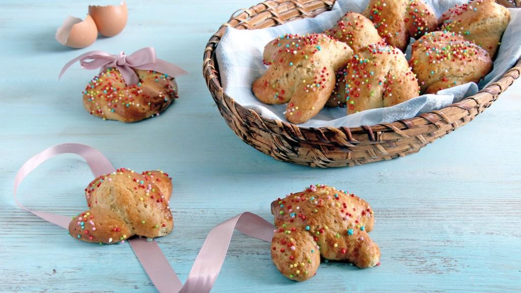 Biscotti-Pasqua-cudduraci-italian-easter-cookies-2