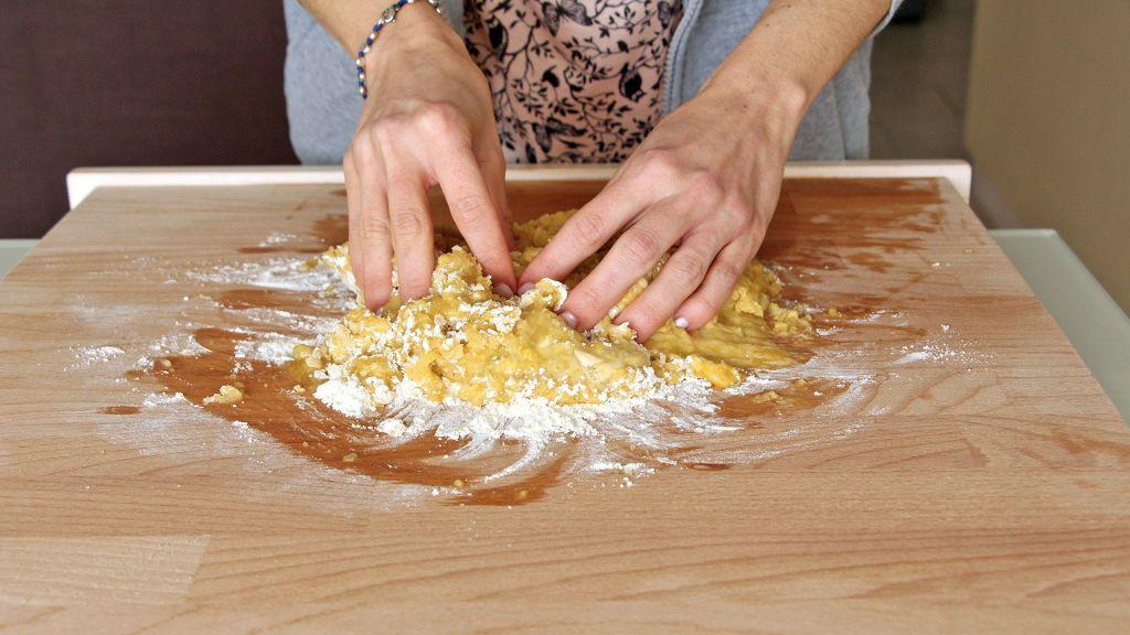 Biscotti-Pasqua-cudduraci-italian-easter-cookies-5