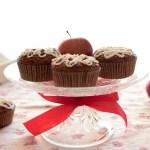 Cupcake speziato alle mele con frosting alla ricotta | Apple spice cupcakes with ricotta icing